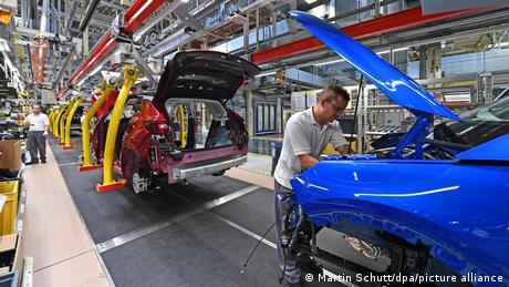 Προσωρινό λουκέτο στο εργοστάσιο της Opel στη Γερμανία
