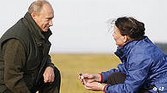 Russland Deutschland Wissenschaft Putin besucht Expedition Lena 2010 auf Insel Samoilowski