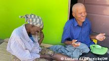 Senioren in Mosambik Beschreibung: Jeque Araújo und seine Frau wurden Opfer von Misshandlungen Ort: Inhambane/Mosambik Datum: 01.10.21 Autor: Luciano da Conceição (Korrespondent)