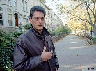 Author Paul Auster poses for a portrait in Brooklyn's Park Slope neighborhood in New York, Nov. 9, 1995. Auster adapted his short story Auggie Wren's Christmas Story into the screenplay for the film Smoke, starring Harvey Keitel and William Hurt. The movie was shot mostly on location in Park Slope. (AP Photo/Mark Lennihan)