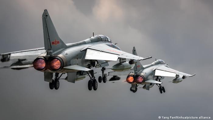 China JH-7A Bomber