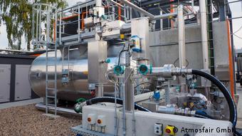 Установка Atmosfair в Верльте: емкость для готового синтетического керосина