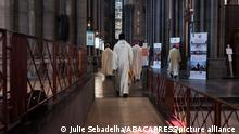 """ARCHIV*****April 12, 2020**** of the Easter mass in Lille, France. The head of an independent commission investigating child sexual abuse in the French Catholic church has said about 3,000 paedophiles have operated inside the institution since 1950. Days before publication of its report, Jean-Marc Sauvé said the commission's investigations had uncovered between 2,900 and 3,200 paedophile priests or other church members, adding that this was """"a minimum estimate"""". Photo by Julie Sebadelha/ABACAPRESS.COM"""