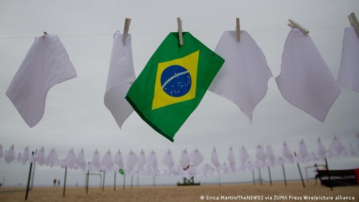 Brasil registra 373 mortes por covid-19 em 24 horas