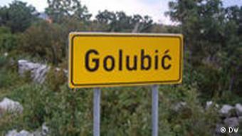 Natpis mjesta Golubić