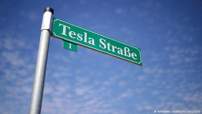 Deutschland Berlin | Tesla Tag der offenen Tür