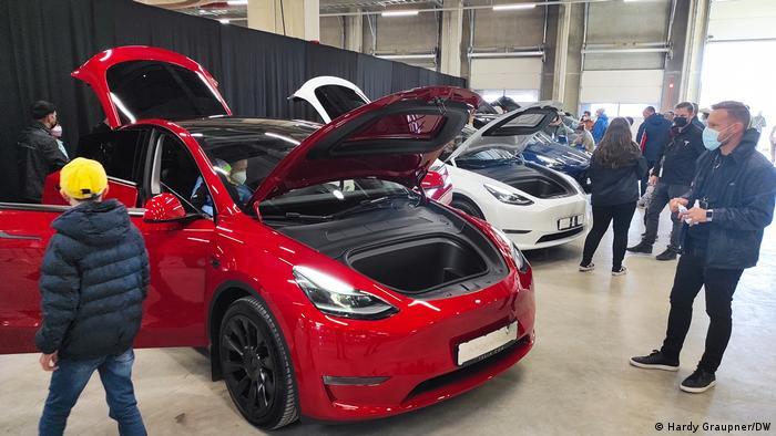 Berlin Tesla Tag der offenen Tür