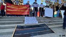 Proteste in Berlin / Proteste in Berlin-1 Schlagwörter: Am Samstag 09. Oktober 2021 haben Iraner in Berlin gegen Todesurteil in Iran protestiert. Demo in Berlin gegen Todesurteile. Lizenz: frei Quelle: DW
