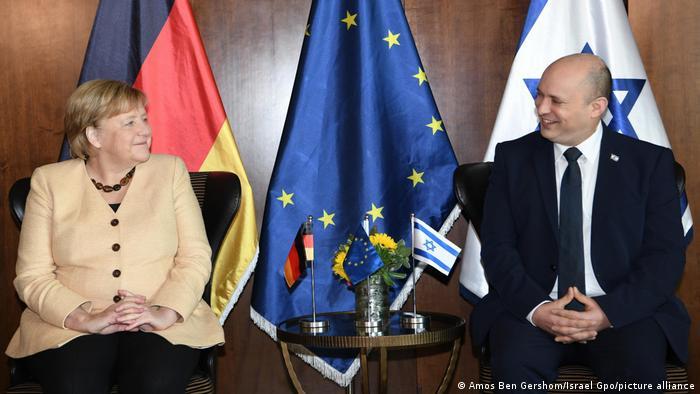 Angela Merkel i Naftali Bennett