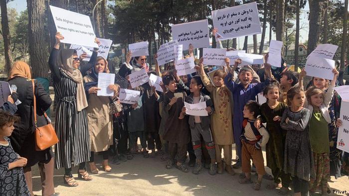 Afghnaistan Frauen protestieren in Kabul