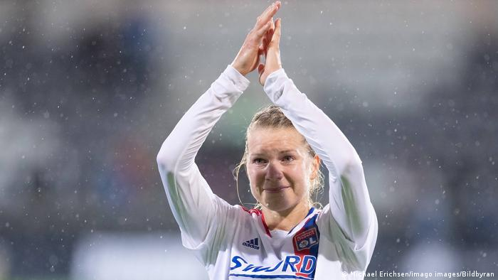Aga Hegerberg thanks the fans following her return in the Women's Champions League