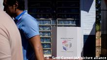 ASUNCION, PARAGUAY - APRIL 22: Paraguay's citizens stand in line to vote during the presidential election in Asuncion, Paraguay on April 22, 2018. More than four million Paraguayan called for vote in general election to elect their next President and the members of the Parliament. Santi Carneri / Anadolu Agency