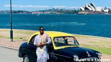 इंडिया की काली पीली टैक्सी सिडनी में