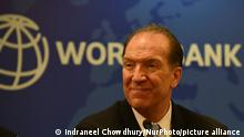 World Bank Group President, David Malpass gestures at a press conference during his three day visit to India in New Delhi, India on 26 October 2019. (Photo by Indraneel Chowdhury/NurPhoto)