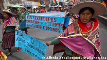 Decolonization's day is celebrated by supports of Evo Morales Supporters of Bolivia's President Evo Morales attend a rally on October 12, 2011, in La Paz in favor of the construction of a road in the Tipnis park area, Bolivia. Decolonization's day is celebrated by supports of Evo Morales. Photo Alfredo Zeballos/ dpa / rc