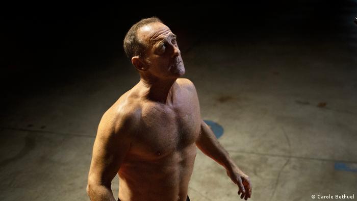 Vincent Lyndon in Titanium.