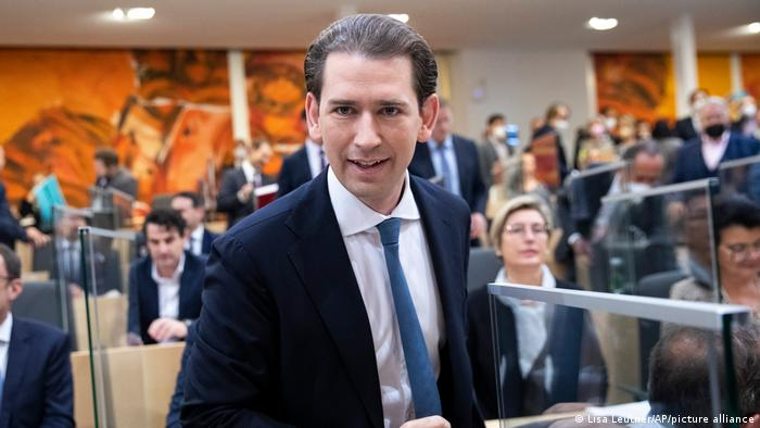 Wien Ex-Kanzler Kurz als Abgeordneter vereidigt