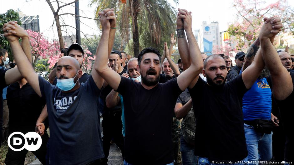 Lebanon: Day of mourning in Beirut as world powers call for calm after clashes