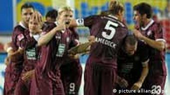 Kaiserslautern players celebrate