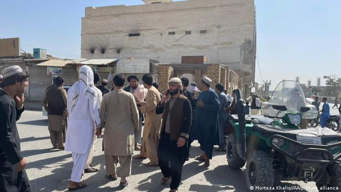 Explosões deixam vários mortos em mesquita no Afeganistão