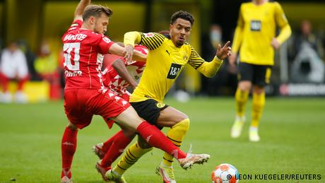 Borussia Dortmund: Reus, Haaland score but Malen must wait