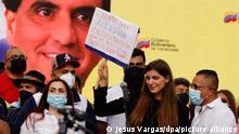 17/10/2021*** Camilla Fabri, Ehefrau von Alex Saab, ein Vertrauter des venezolanischen Präsidenten Nicolás Maduro, nimmt an einer Veranstaltung zur Unterstützung ihres Mannes teil. Die venezolanische Regierung hat den Dialog mit der Opposition nach der Auslieferung eines Vertrauten von Präsident Nicolás Maduro an die USAvorerst abgebrochen. «Aus Protest gegen die Aggression werden wir an der für morgen geplanten Verhandlungsrunde nicht teilnehmen», sagte Delegationschef Jorge Rodríguez. Kurz zuvor war bekannt geworden, dass Alex Saab von den Kapverdischen Inseln in die Vereinigten Staaten abgeschoben worden war. +++ dpa-Bildfunk +++