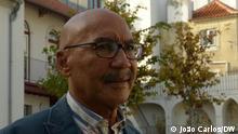 Manuel Videira ist ein angolanischer Arzt und Autor des Buches Angola: Um Intelectual na Rebelião. Lissabon, Portugal