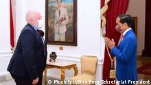 Executive Vice President of European Union Green Deal Frans Timmermans met with President of Indonesia Joko Widodo in Merdeka Palace, Monday (18/10/21). Credit: Muchlis Jr/Biro Pers Sekretariat Presiden