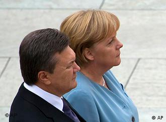Yanukovych and Merkel in Berlin