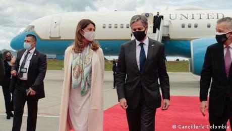La canciller de Colombia, Marta Lucía Ramírez, recibe a su homólogo estadounidense en Bogotá, Antony Blinken.