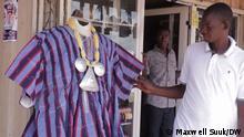 Autor: Maxwell Suuk DW Korrespondent Wo: Tamale, Ghana Thema: Smock, Fashion Datum: 10.10.2021 via Cai Nebe