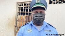 Zacarias Nacute, Polizeisprecher in Nampula, Mosambik. Foto: S. Lutxeque/DW 21.10.21
