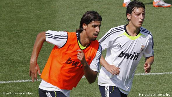 Khedira and Oezil practicing for Real Madrid