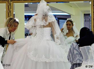 Hochzeitskleider Duisburg - hochzeitskleider designer ...