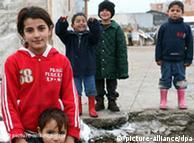 Roma Kinder auf der Straße (Foto: dpa)