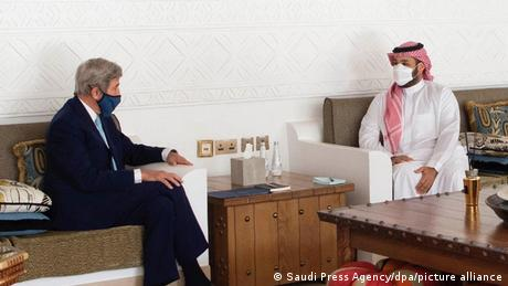 Saudi Arabien Riad | US-Sondergesandter John Kerry und Mohammed bin Salman