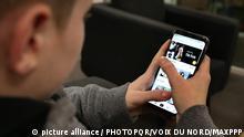 ©PHOTOPQR/VOIX DU NORD/Baziz Chibane - Les adoslescents exposent leurs vie intime sur des applications comme Tik Tok.