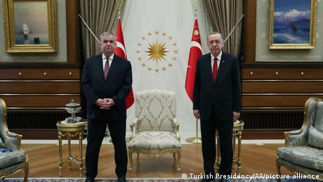Der türkische Präsident Recep Tayyip Erdogan und der deutsche Botschafter Jürgen Schulz im Oktober 2020