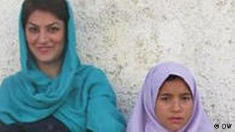 شیوا نظرآهاری، مدافع حقوقبشر و حامی حقوق کودکان محروم در ایران