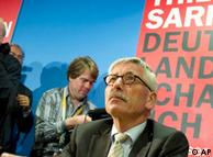 فجر تيلو زاراتسين السجال حول الإسلام في ألمانيا حين اتهم العرب والأتراك بأنهم خطر على ألمانيا