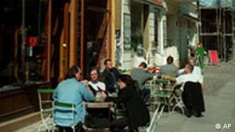 Straßencafe in Berlin Prenzlauer Berg