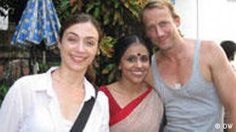 Wotan Moehrung, Julia Richter and an Indian actress in the movie
