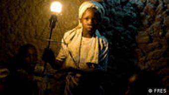 Solarstrom aus lokalen Anlagen in Afrika (Foto: FRES)