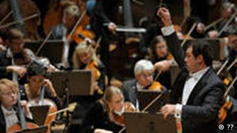 Sokhiev conducts the DSO