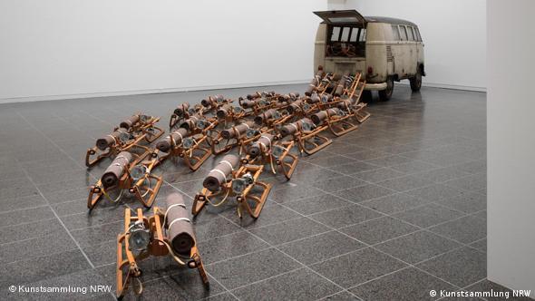 Joseph Beuys Ausstellung Parallelprozesse in der Kunstsammlung NRW Flash-Galerie