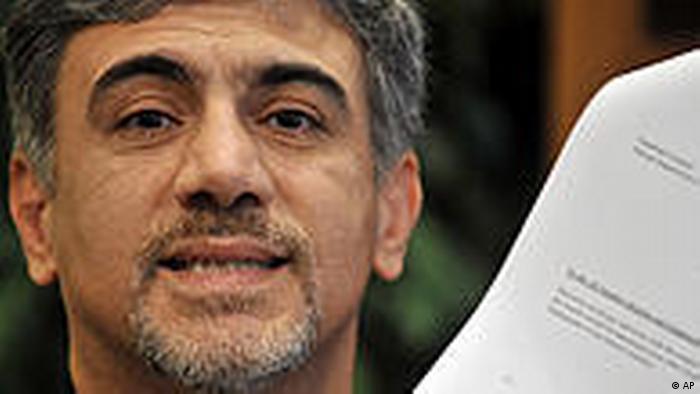 حسین علیزاده دیپلمات مستفعی ایران در فنلاند