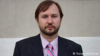 Michail Vivogradov, Political Scientist
