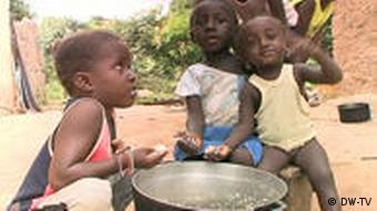 A maioria dos habitantes da Gâmbia, um milhão e 700 mil no total, vive com menos de dois dólares por dia