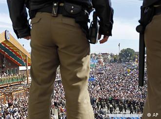 Police monitor Oktoberfest