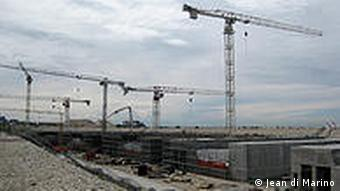 The budget of this massive construction project has ballooned to over 4.5 billion euros